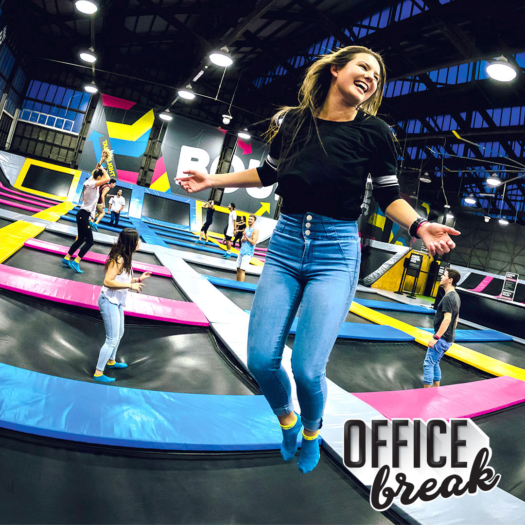 Trampolinpark - Office Break