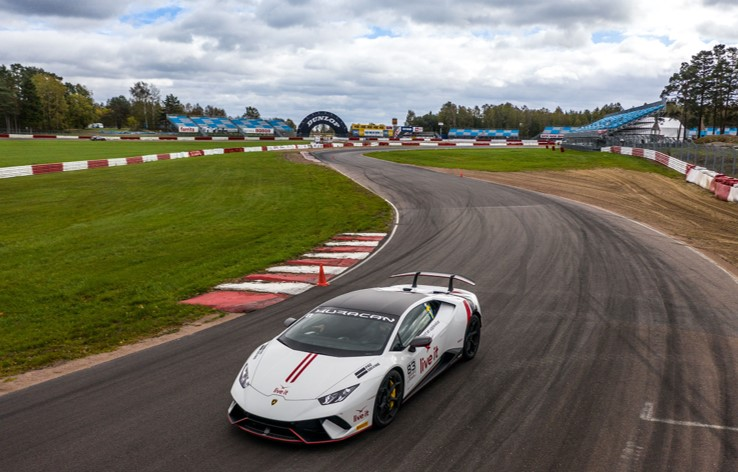 Supercar Trackday på bilbana med Live it