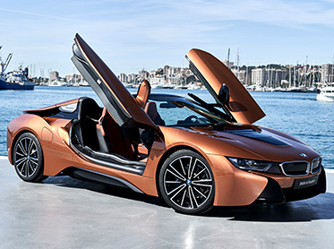 Kör BMW i8 Roadster